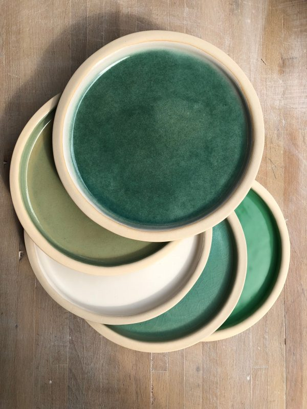 Assiettes emaux verts